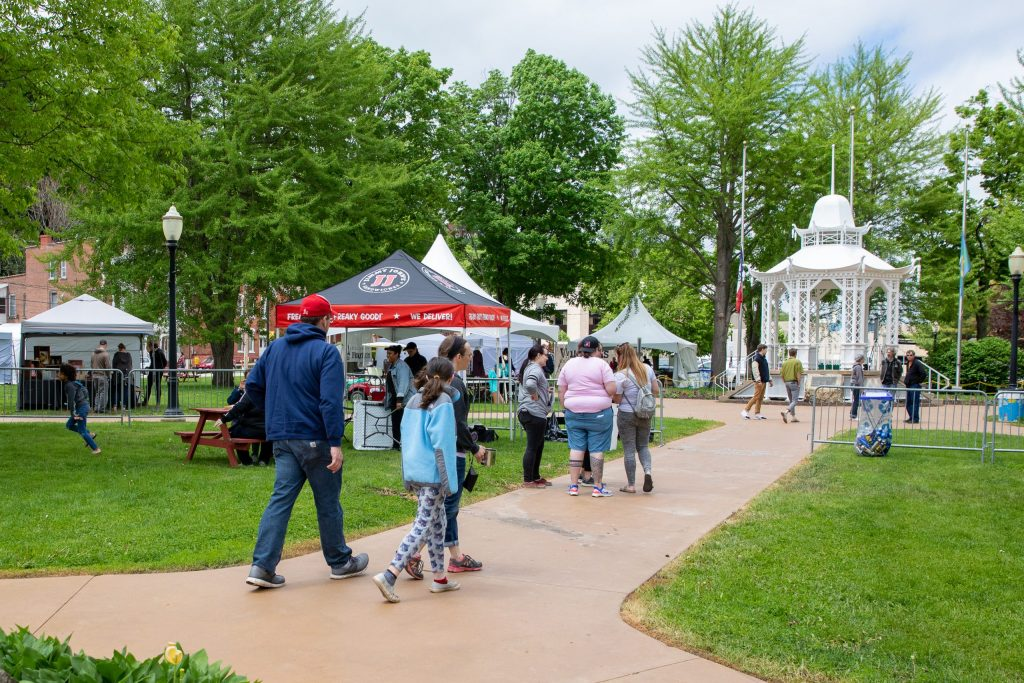 DubuqueFest Fine Arts Festival Founded